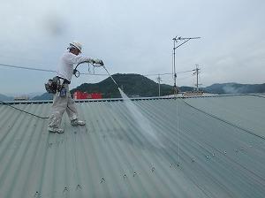 神戸天然化学市川 高圧洗浄1