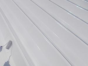 日本アクセス松山 トップコート塗装中 トリミング
